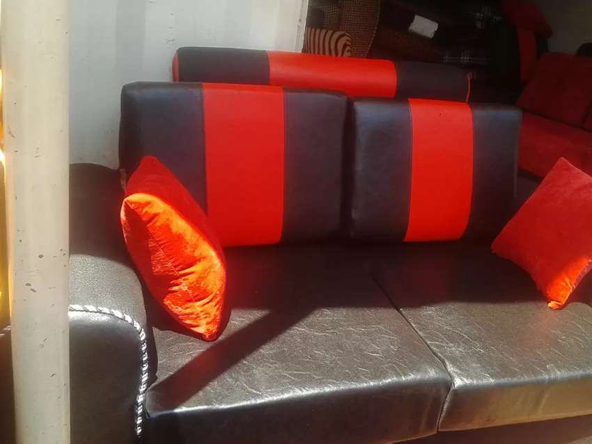 2 seater available 0