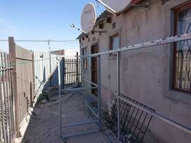 3 Bedroom house for auction in Philippi East, Cape Town