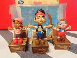 Джейк, Иззи и Кабби набор фигурок-прыгунцов из Джейк и пираты Нетланди