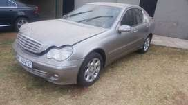 Merc w203 271 stripping for spares