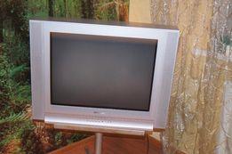 Цветной телевизор SAMSUNG 69см