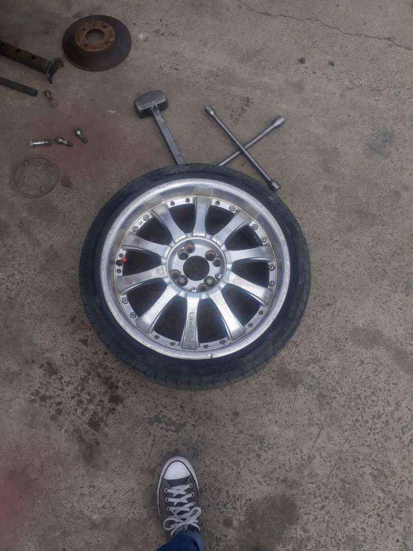 Lavinhad 17 inch rims with tires for sale 0