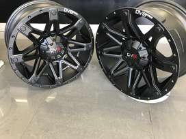 Jeep 18 inch Charger mags for sale!