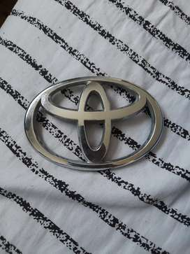 Selling a Toyota  badge