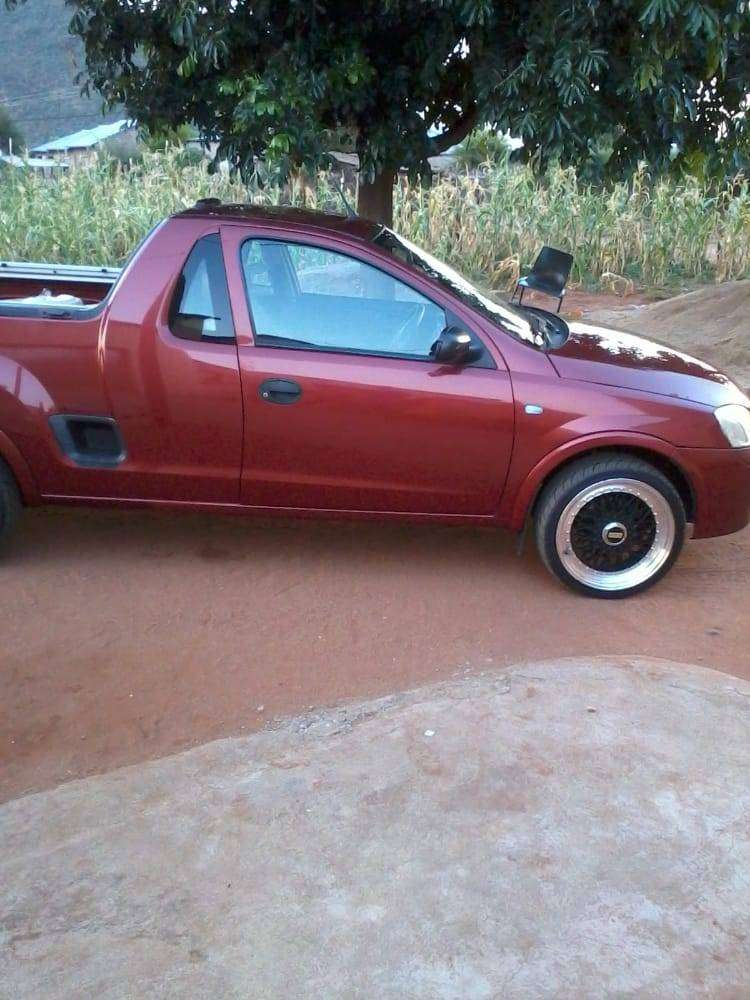 1997 model neat and 17 inch BBS rims with new tyres 0