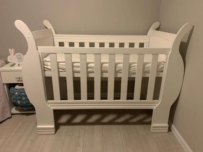 Sleigh bed baby cot 0
