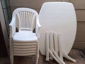 Plastic Camping Table and 6 chairs