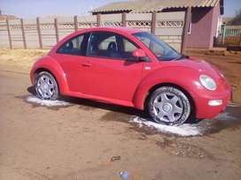 Volkwagen beetle 2.0 model :2000 ,paper work up to date vev