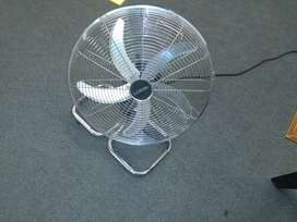 Fan for sale LG