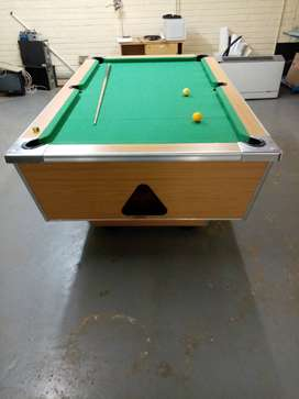 R2 coin operated pool table