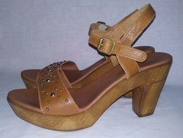 Кожаные женские босоножки Next р.40(6,5) (26 см) (туфли,сандали,шлепки
