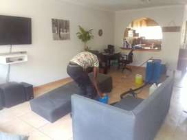 Professional cleaning services enticing group