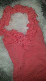Różowa koralowa sukienka wesele piękny dekolt szyja jak Asos Zara h&m
