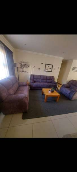 Lounge couches & coffee tables