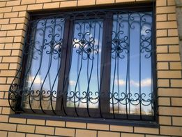 Решетки на окна и двери, сварные и кованные