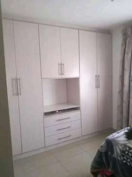 Fitted kitchen cupboards, fitted wardrobes and ceillings