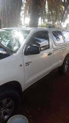 Selling my 2007 hilux,good condition