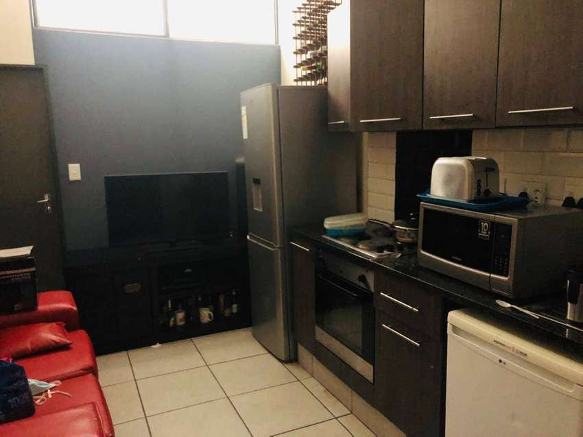 3550 Room in a 3 bed house flat close to randburg taxi rank 0