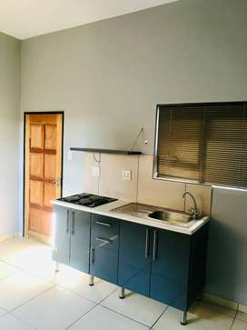 A well furnished apartment available to rent in Cosmo city ext. 8