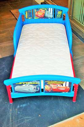 TODDLER CAR BEDS FOR SALE