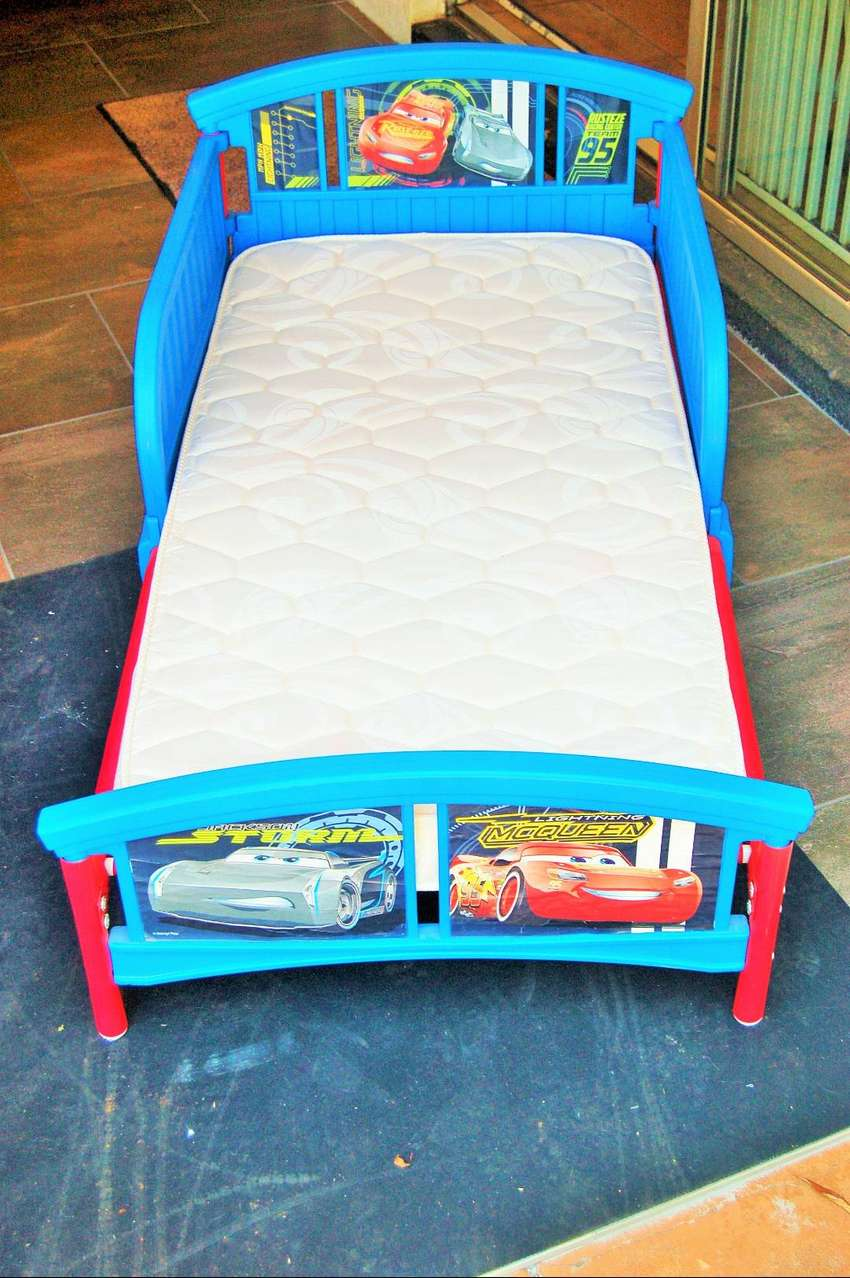 TODDLER CAR BEDS FOR SALE 0