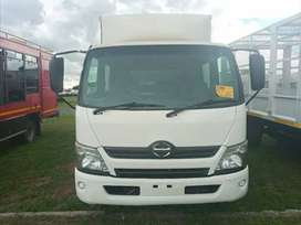 [URGENT DEAL]2012 HINO .300 815 CREW CAB WITH A VOLUME BIN FOR SALE