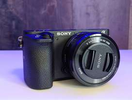 Sony Alpha a6500 - Mirrorless Camera Body with 16-50mm F3.5 Lens