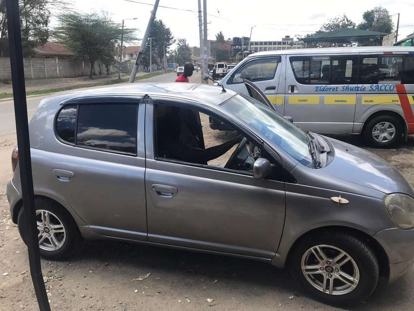 Clean car and well maintained 0