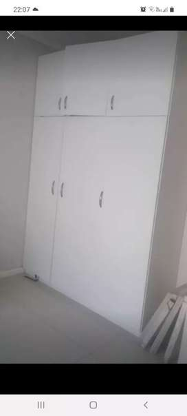 Room to rent in lakeside