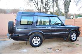 Year 2000 Land Rover Discovery V8