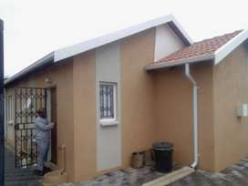 3 bedroom house in Windmill Park