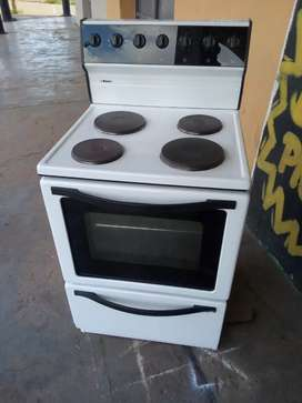 BAUER 4 PLATE STOVE AND OVEN WORKING PERFECTLY