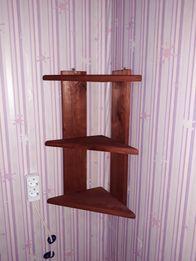 Полочка на кухню или в комнату. Угловая, деревянная.