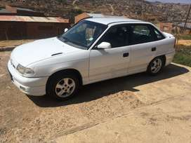 I'm selling Opel Astra 1.6 1997 model