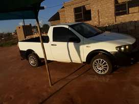 0607,39,87,66 hi selling my bakkie with 15's mags normal sound system