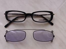 Детская оправа, очки, со съемными солнцезащитным стеклами.