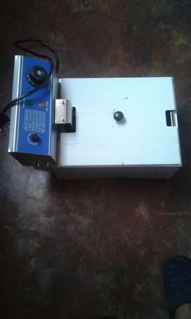 Electric fryer and sewing machine