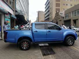 Isuzu KB 300 2.5 diesel 2017 model for Sell