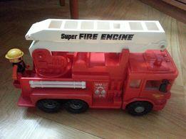 samochód strażacki z drabiną zabawka