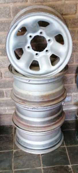 5 x Rims with 6 holes