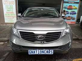 Kia sportage 2.0 manual 2011 model for SELL