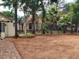 Beautiful 4 Bedroom house to Let in Centurion