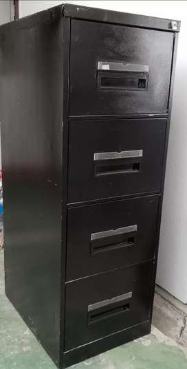 4 draw filing cabinets x2