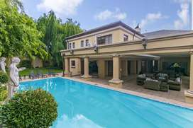 4 BED  - MINI PALACE FOR SALE IN BEDFORVIEW