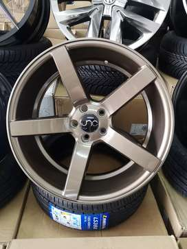 """REDUCED BY R500: 18"""" Vsn Reps in 5x100 Fitment"""
