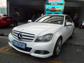 Mercedes Benz c200 cdi for SELL