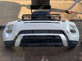 Land rover / range rover Evoque complete front bumper and grills