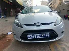 Ford Fiesta 1.6 trend line manual sedan for SELL