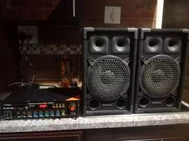 Omega Armpilfer sound and two speakers with Bluetooth,FM and Aux