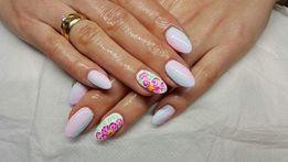 Manicure pedicuer paznokcie